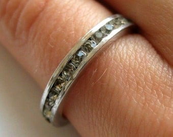 925 Sterling silver thin band ring with Crystals, size 6
