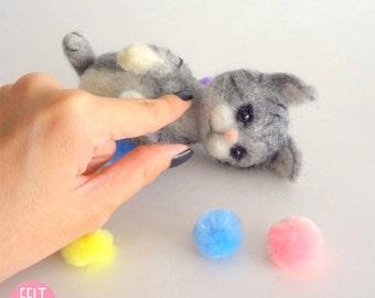 MADE TO ORDER - Needle Felted Sculptures - Lovely Kitten - Miniature Wool Felt Cat