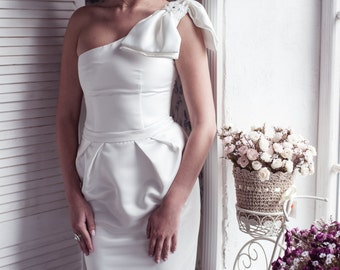 ON SALE One-shoulder pleated tulip skirt short wedding dress, little white dress  M9, Romantic wedding gown, Classic bridal dress