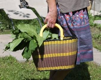 Vintage Plastic Bag. Vintage Brown Plastic Basket. 80s