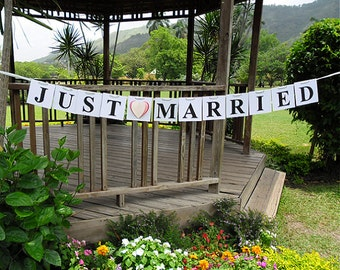 Just Married Banner / Just Married Sign / Wedding Banner / Wedding Sign / Wedding Reception Decoration / Wedding Car Sign