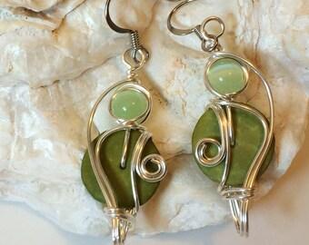 Lime Green Earrings, Wirewrap Earrings, Wirework Jewelry, Bead and Wire Earrings, Pastel Green Earrings, Green Dangle Earrings