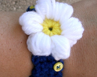 Handmade Crochet Flower Button Bracelet White/Blue/Bright Yellow - Adult Size