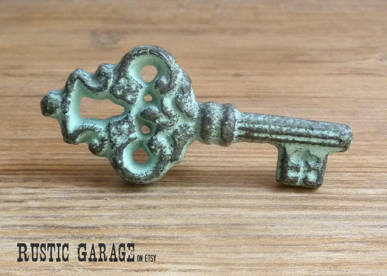 Set of 2 rustic red cast iron skeleton key knob key for Key drawer handles