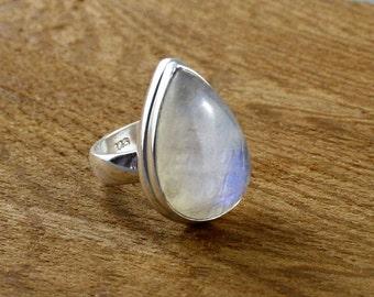 SIZE 6,5. Rainbow moonstone ring. Big rainbow moonstone ring.