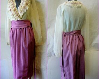 Romantic PETTICOAT Party Dress/ size 4 6 8 / Taffeta Lace Prairie RUFFLES Sheer Sleeves / 70s Norman Berg Lilac