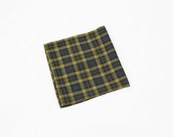 Dan - Yellow/Charcoal Gray Pocket Square