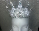 BRIDAL CROWN - Replica of Red Queen OUATIW Crown - Swarovski Crystals in Clear with Emerald Accents on Silver Metal Frame, Tiara Rhinestones
