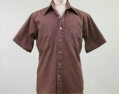 Vintage 1970s Mens Shirt / 70s Brown Short Sleeve Shirt / Medium