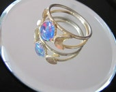 Vintage Opal and Gold Crescent Moon Ring - Jewelry - Women - Size 7.5-8 - Fashion - Gem Stone - Costume - Gift