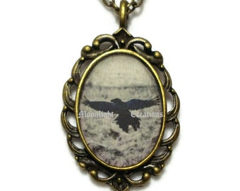 Raven Necklace Crow Blackbird Jewelry Pendant Antique Bronze