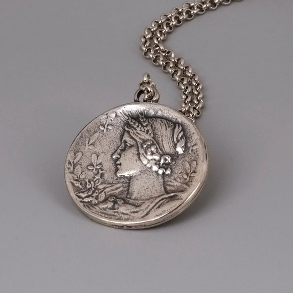 Silver Coin Necklace, Coin Jewelry, Coin Pendent, Ancient Coin Replica, Simple Necklace, Everyday Necklace, Vintage Style, Greek Women Jewel