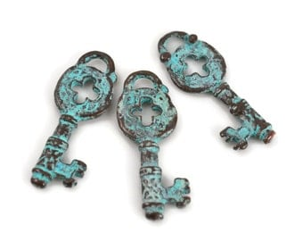 Mykonos Skeleton Key - 32mm Green Patina - Rustic Key Pendant