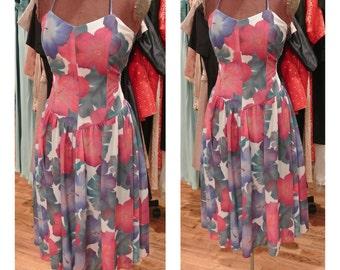 1980s Floral Print Sundress Drop Waist Cotton Day Dress Full Skirt Midi Dress Halter Neck Dance Dress Garden Party Dress
