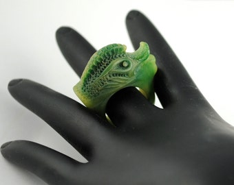 Vintage Creature Ring Carved-Like Cast Two Tone Resin Ring