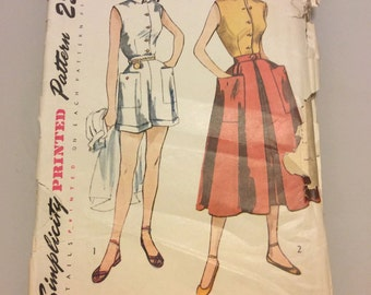 3160 UNCUT 1950's Play Suit & Skirt Vintage Sewing Pattern Bust 30 Simplicity 3160
