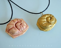 Helix Fossil Twitch Plays Pokémon necklace gold or sand color