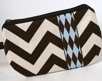 Brown Chevron Fabric Wristlet, SmartPhone Wristlet, Zippered Wristlet, IPhone Wristlet
