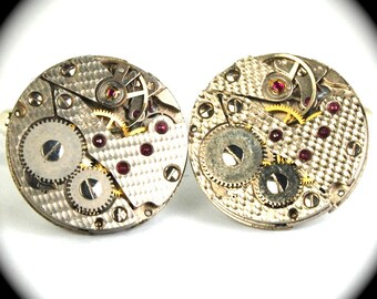 Steampunk Cufflinks Featuring HAMMERED Texture ROUND Vintage Watch Movements by Nouveau Motley