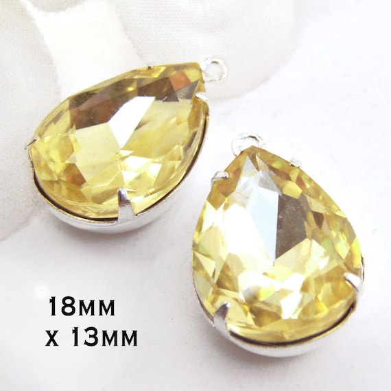 jonquil yellow glass teardrops in my jewelry supplies shop
