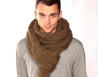 Green Scarf, Chunky Knit Scarf, Wool scarf, Knitted Scarf in Army Green, Hand Knitted Scarf, Gift for husband, Oversized scarf