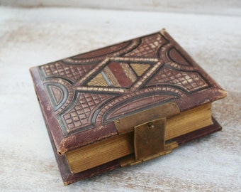 antique Photo Album - Tooled Leather tin type ablum