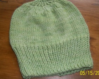 Hand knit knitted watch cap hat Auraucania Nature wool light melon green beanie unisex men women OS
