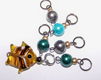 Hand Made Stitch Markers -- Fish and Bubbles (amber yellow with glass pearls)