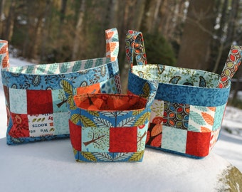 Patchwork Fabric Basket PATTERN, mini charm friendly, three sizes, Basket of Charms