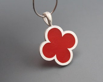 Quatrefoil Red Resin Pendant
