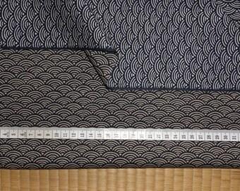 Japanese Cotton Fabric Yardage Traditional Dark Blue Wave 'Seigaiha' Motif   w/Free Insured Shipping