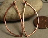Handmade solid copper leaf hoop 40x16mm, one pair (item ID LEC40G18)