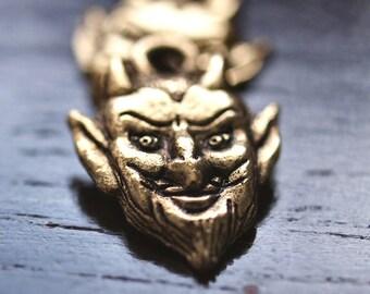 Devil Face Antiqued Gold Pewter 16mm Charm : 2 pc