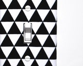 Light Switch Plate Cover - Black with White Modern Geometric Triangles