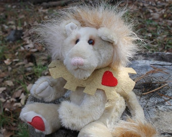 Sir Tenderheart,Lion,  soft animal sewing pattern, PDF