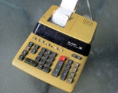 Calculator, Vintage Sharp Compet V-X 1652A. 1980's Electric Desk Calculator,In perfect working condition , Performs all functions, Computer