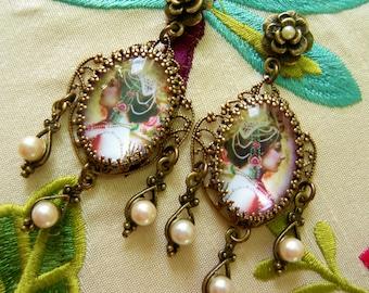 Mata Hari In Pearls Earrings - Art to Wear