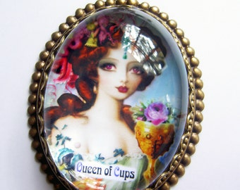 Tarot Necklace - Queen of Cups - Romantic Tarot - Witch pendant - Gypsy  - Pagan  - Cameo Pendant - Tarot Jewelry - Queen - gift jewelry