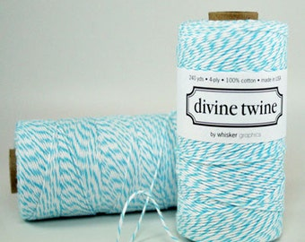 Full Spool (240 yards) Aqua and White Divine Twine Baker's Twine