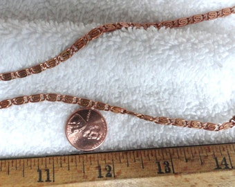 10 Feet of Vintage 1980's Brass Knurled/Scroll Chain, 4mm x 8mm Soldered Link, Coppery Color