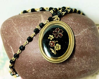 Vintage Black Glass Beads,  Floral Pendant Necklace, Faceted Black Glass Beads, Ladies Vintage Jewelry