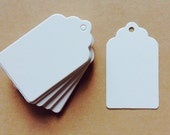 Set of 50 small Plain white card swing tag / price tag label, gift tag, wedding favour tags, scalloped edge.