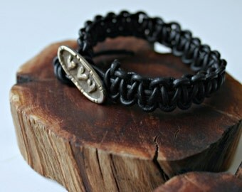 three hearts silver button black leather macrame bracelet