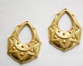 1 Hole Raw Brass Tribal Teardrop Charm Pendant Drop (6) mtl395A