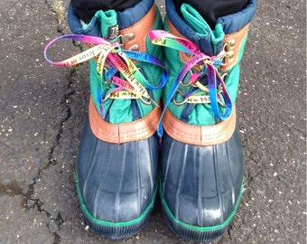 SALE size 10, Vintage1980s Duck Boots - navy +green, Two Tone, wellies, Preppy, rain boots, snow boots, Winter Boots