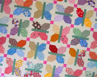 """FLUTTER a Vintage Quilt from Quilts by Elena 72"""" square"""