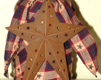 """Rusty Star Candle Holder with a Burgundy, Navy Blue and Cream Homespun, 8"""" Cutout Rused Star"""