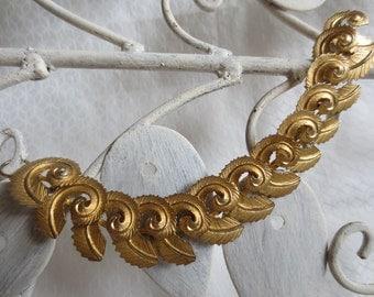 Vintage Gold Swirl Leaf Bracelet