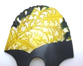 Art Nouveau Carved Celluloid Comb - Black and Translucent Yellow Large Hair Accessory