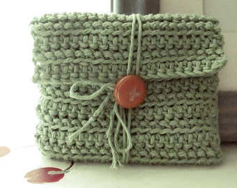 CROCHET WALLET MINT